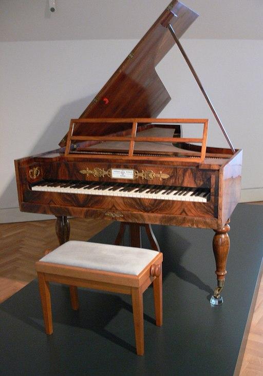 Historic Pianos of the Great Composers - image Hammerflügel_Conrad_Graf_rem on https://musicmasterlab.com